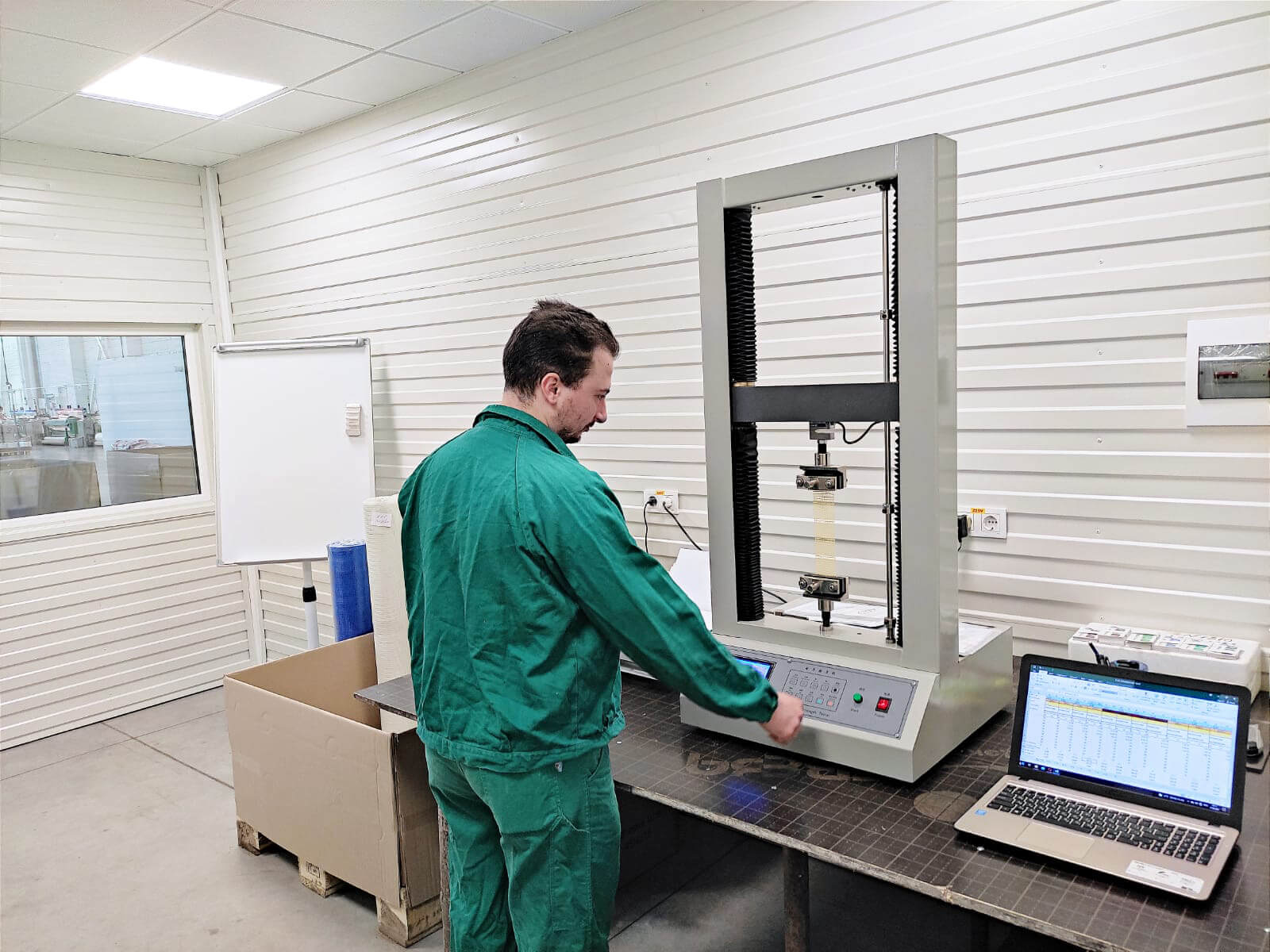 laborator plasă din fibră de sticlă alphaterm